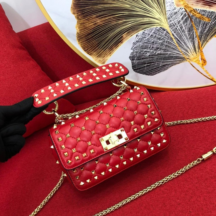 2020 Brand New Luxury Design Bag Women's Single Shoulder Diagonal Portable Mini Women Bag Sheepskin Leather Rivet Female Bag