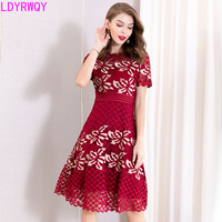 2019 spring and summer new heavy work embroidery short sleeved waist fashion temperament big swing dress women