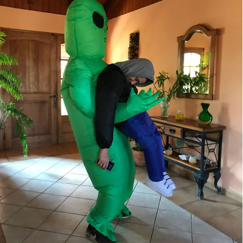 ET-Alien Inflatable Monster Costume Scary Green Cosplay Costume For Adult 2