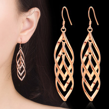 Popular Long Section of  Leaf-shaped Ear Hook Earrings For Women Gift Earings New Designs Fashion Jewelry