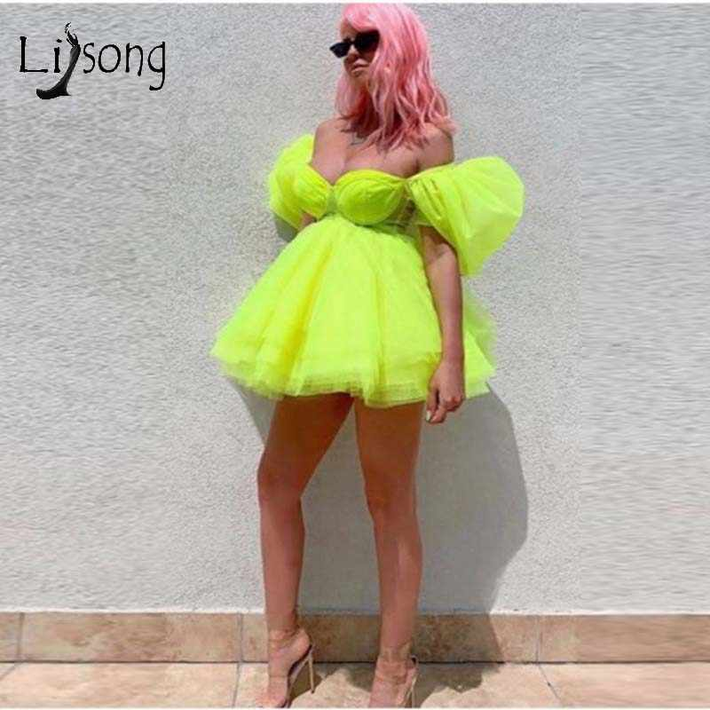 Bright Green Fashion Tutu Short Cocktail Dresses 2019  Off The Shoulder Mini Homecoming Dresses Puffy Party Dress