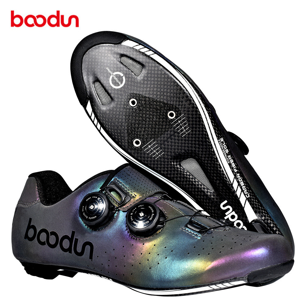 Ultralight Self-Locking Men's Cycling Road Bike Shoes With Carbon Fiber Sole Road Bike Shoes Bicycle Racing Athletic Road Shoes
