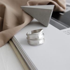 Image 2 - Silvology 925 Esterlina Anéis de Prata Irregular Ampla Matéria Indústria Artesanal Textura Estilo Anéis para As Mulheres Novo 925 Jóias de Prata