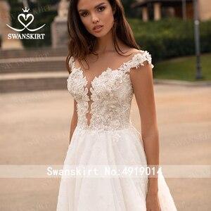 Image 4 - Swanskirt moda kristal düğün elbisesi 2020 yeni sevgiliye aplikler A Line İllüzyon prenses gelin kıyafeti Vestido de novia GI51