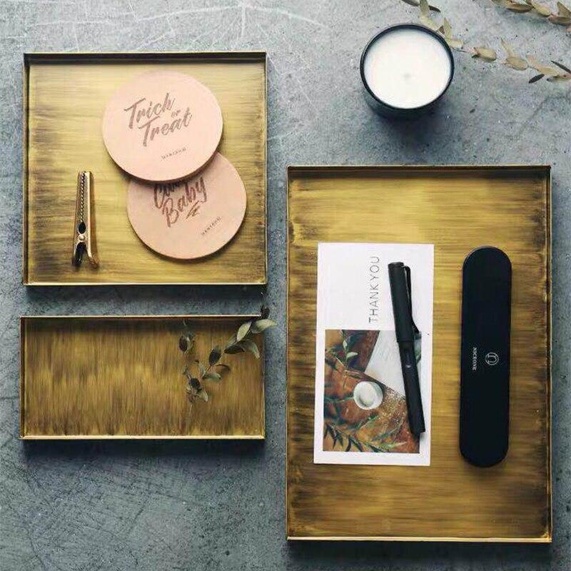 Rangement bureau plaque décorative rétro carré fer forgé plateau de rangement américain rétro métal bijoux plaque thé petit déjeuner plaque