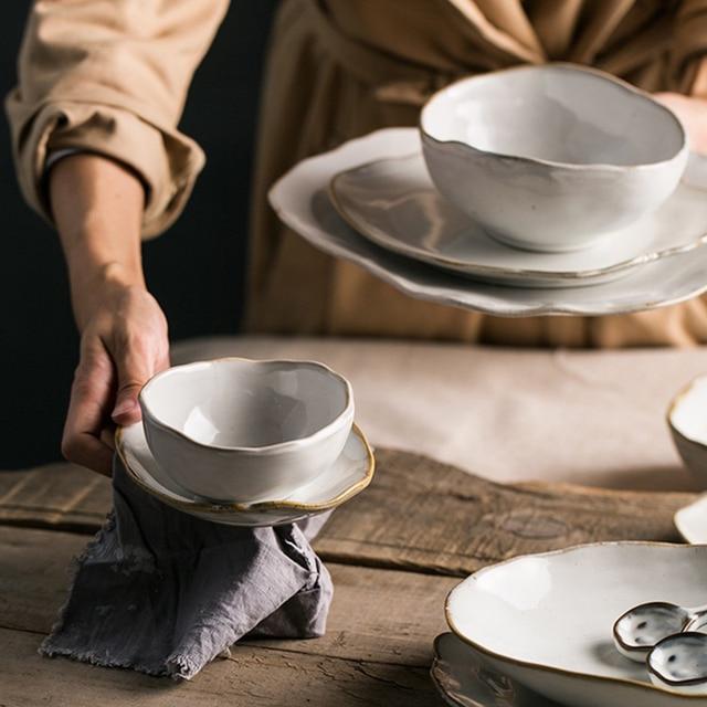 Piatti Irregolari di Ceramica Bianca Fatti a Mano 27