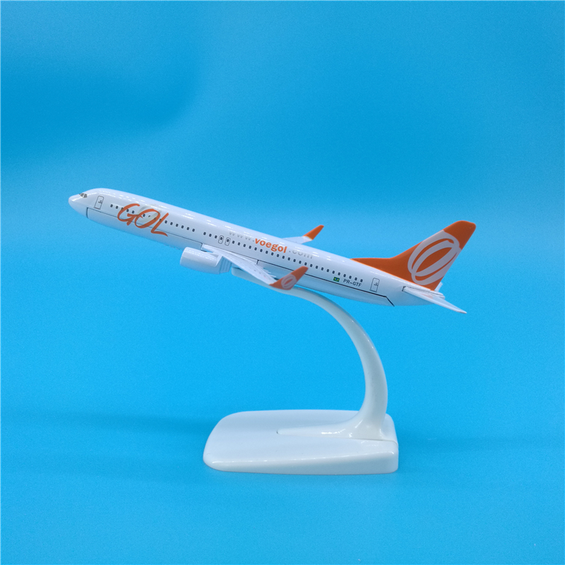 16cm Airplane Model Brazil GOL Airlines Boeing 737 Simulation Metal Diecast Alloy Plane Kids Toys image