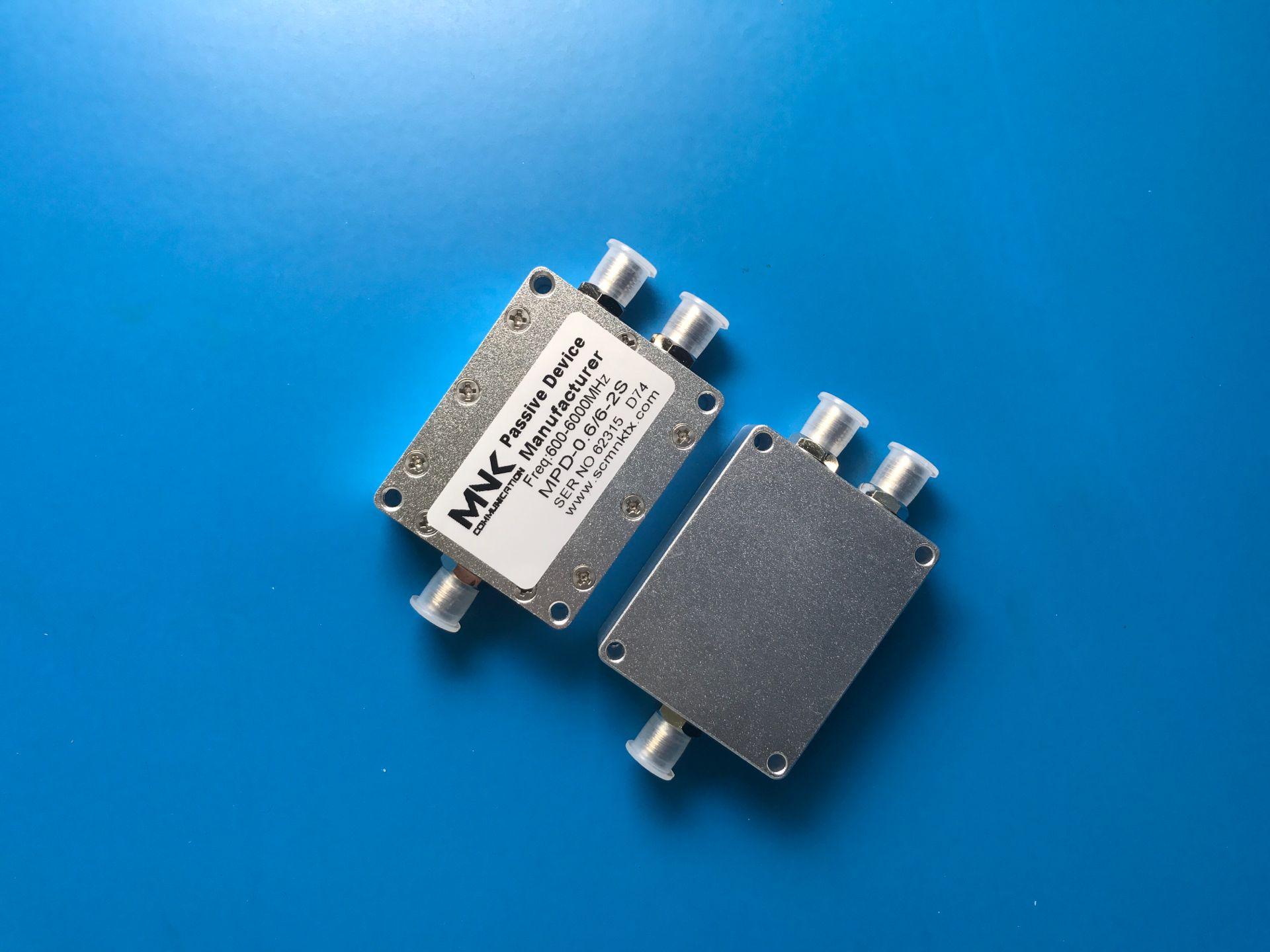 SMA600-6000M Microstrip Divider GPS/WIFI Divided Power Combiner 0.6-6G Divided Power Combiner