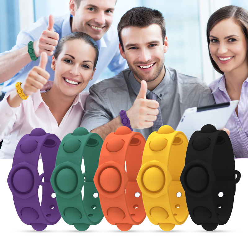 Portable Silicone Decompression Bracelet Stress Relief Soft Squeeze Toy Gift Puzzle Press Finger Stress Relief Bracelet For Kids