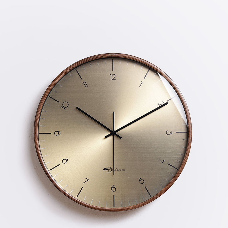 Watch Nordic Wall Clock Living Room Modern Minimalist Clock Fashion Light Luxury Wall Charts Mute Atmosphere Personality Home