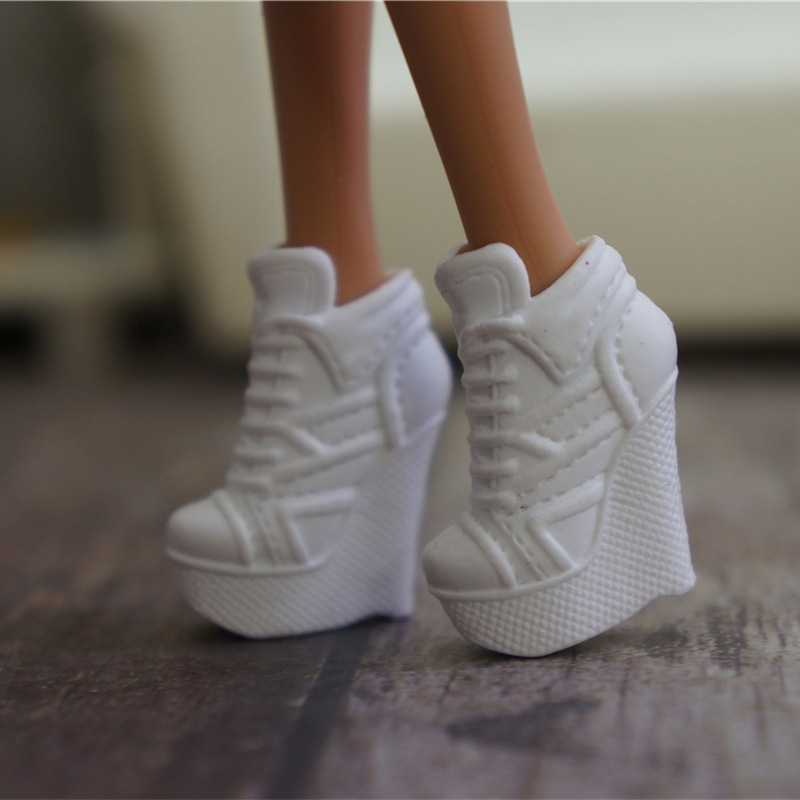 Fashion 1 pair Original shoes for Barbie Doll bjd 1/6  short boot Sneaker Doll house dressing up Sandals mini cup
