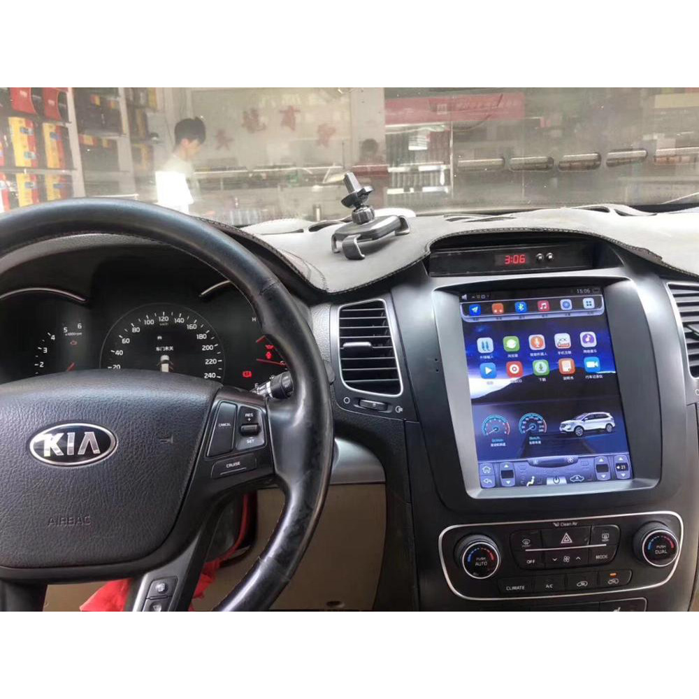 Chogath 10.4 Inch  Car Multimedia Player Android 7.0 Car Android System 2+32G For Kia Sorento 2013-2014