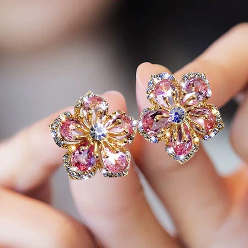 New Korea Sweet Cute Flower Crystal Temperament Geometric Shiny Zircon Earrings Statement Earrings for Women Girl Pendientes