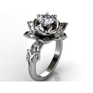 Korean Style Female Crystal Rose Flower Ring Silver Color Wedding Finger Ring Promise Love Engagement Rings For Women