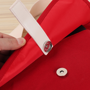 Image 4 - Kpop Bangtan sacs à bandoulière en toile rouge, sac à main pour pièces de monnaie pour maquillage