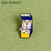 ¡Juego! Arcade juego máquina Pin Vintage doble juego consola esmalte alfileres broche de dibujos animados para Mujeres Hombres pareja amantes joyería