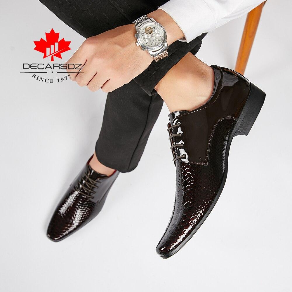 DECARSDZ-zapatos de vestir de boda para hombre, calzado Formal de alta calidad, de charol, para oficina, negocios, invierno, 2021