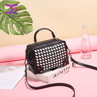 Manufacturers WOMEN'S Bag 2019 Spring And Summer New Style Weaving Messenger Bag Korean style Fashion Handbag a Generation of Fa