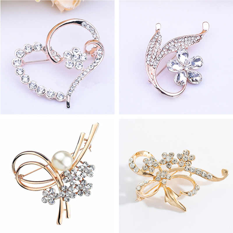 Japan and Korea High quality Heart Shape Brooches Love&Flower Rhinestones Brooches Girls Women Brooch Corsage Wholesale