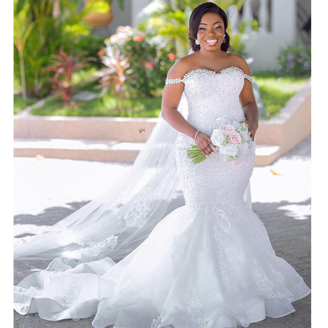 Plus Size Crystal Off the Shoulder Mermaid Bridal Dresses Vintage Tulle Lace Appliques Country Africa Wedding Gowns 3