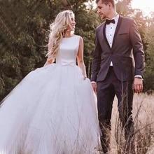 Round Neck Wedding Dress Beautiful Slender Elegant Simple Retro Beige Belt Sexy Wedding Dress
