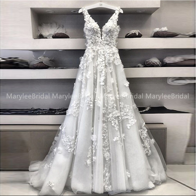 Fairy A-line Wedding Dresses With 3D Appliques Tulle Vestidos De Novia 2020 Romantic Deep V-neck Bridal Dresses Sweep Train