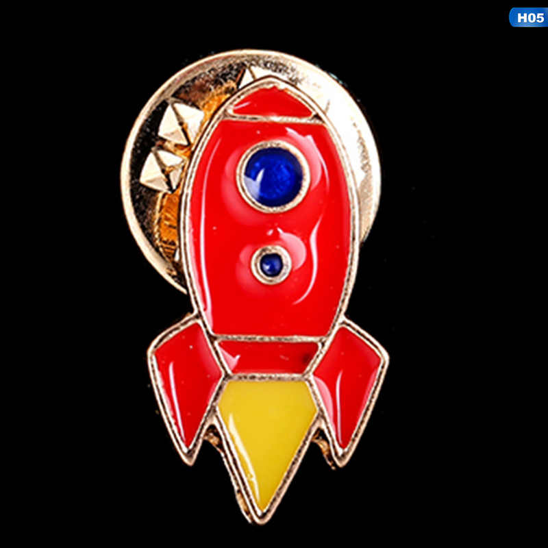 1 قطعة الإبداعية الكون سفينة الفضاء سلسلة بروش الصواريخ الغريبة القمر ستار المينا شارة بدبابيس الدنيم الستر التلبيب دبوس الفضاء مجوهرات