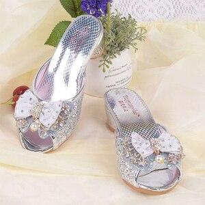 Image 4 - Mädchen Sommer Sandalen Slipper Pailletten Princesse Kinder High Heel Kleid Schuhe Leder Slipper Für Kinder Rutschen