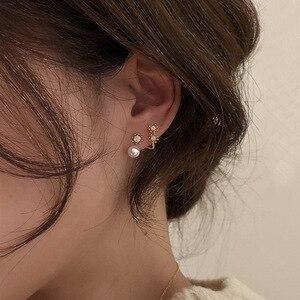AOMU 2020 1 Pair Korea Retro New Simple Temperament Earrings Crystal Pearl Metal Earrings for Women Jewelry Gifts