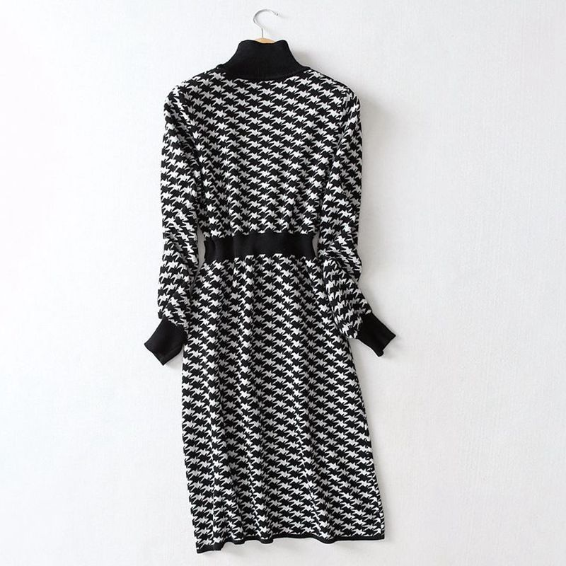 Elegant Turtleneck A-line Knit Midi Dress