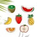 Брошь в виде яблока, оранжевого, банана, клубники, арбуза, ананаса, киви, фруктов, Мультяшные крошечные значки, эмалированные значки, булавки ...