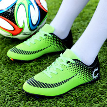 M&V Casual Shoes Men Breathable Soccer Shoes Women Cleats Football Sports Shoes Boys Turf Football Boots Outdoor Traning Sneaker(China)