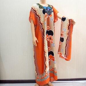 Image 5 - Châu Phi 2020 Quần Áo Nữ Dashiki Thời Trang Thiết Kế In Hình Táo Cam 100% Cotton Ngắn Đầm Maxi Kèm Khăn Choàng Cho Kỳ Nghỉ