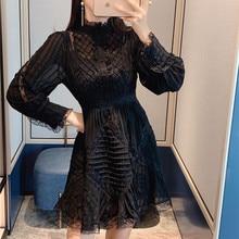 Новое Осеннее подиумное дизайнерское женское вечернее платье винтажное дамское шифон, кружево с отделкой стиле пэчворк рукав-фонарик короткое черное белое мини-платье