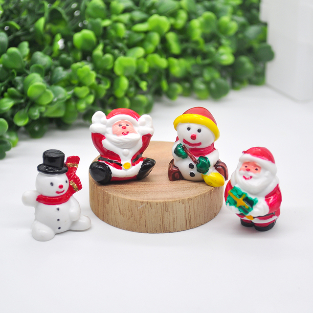 2020 Miniature Christmas Tree Santa Snowman Decoration Gift Miniature Garden Fairy Tale Character Home Table Decoration 4