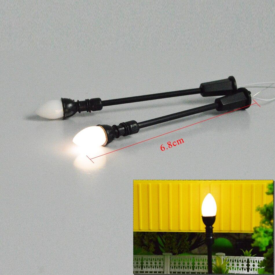 model-light-8