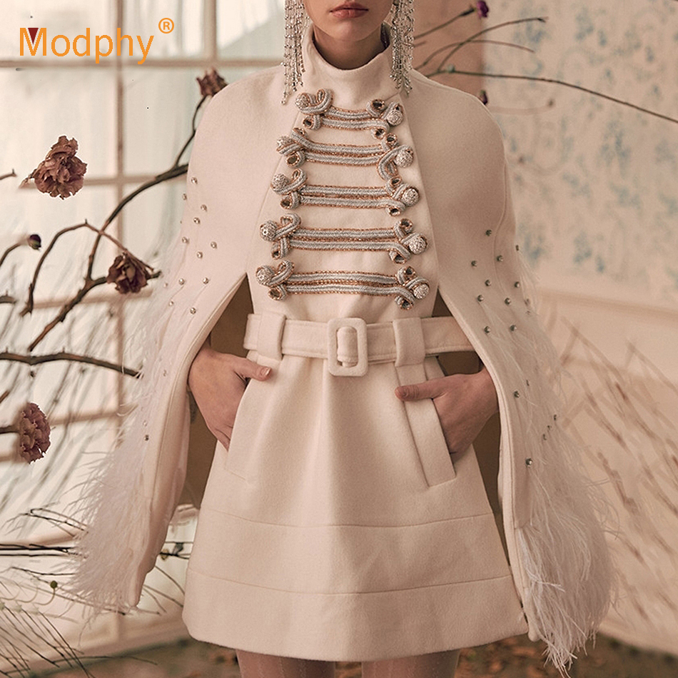 Hiver robe mosaïque femme col haut Sexy robe moulante célébrité fête plume diamant ceinture Mini robe Vestidos2019 nouveau