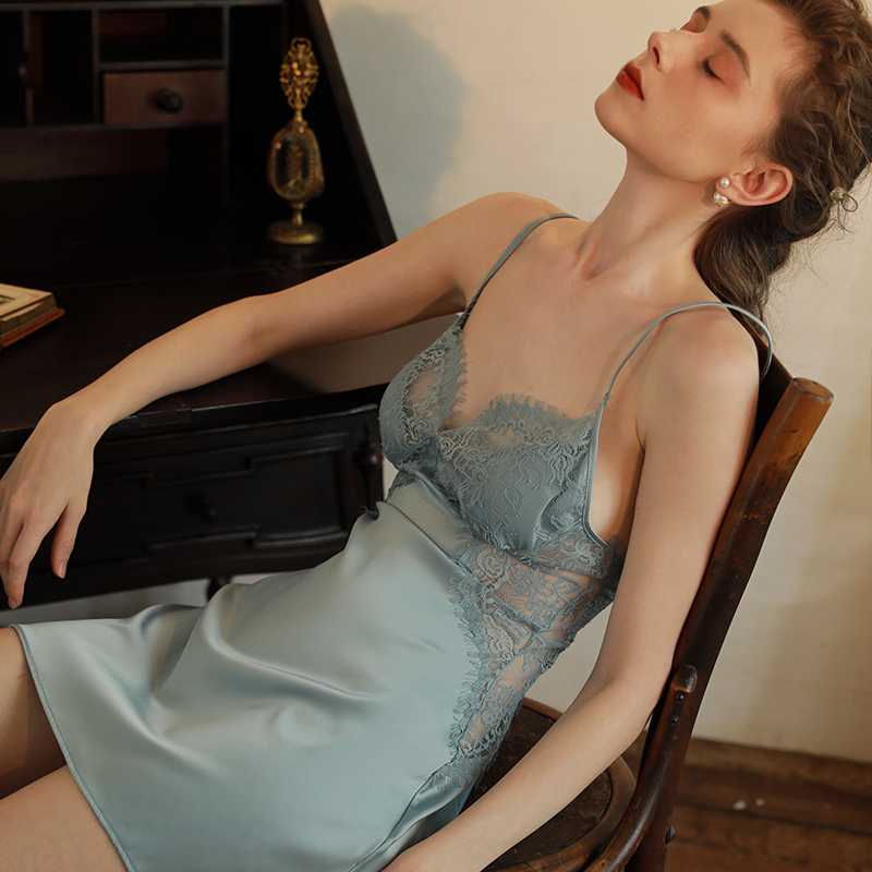 Sexy Nightdress with Chest Pad Sleepwear Women's Thin Section Lace Hollow Silk Sling Home Nightdress Nightgowns Women Nightwear