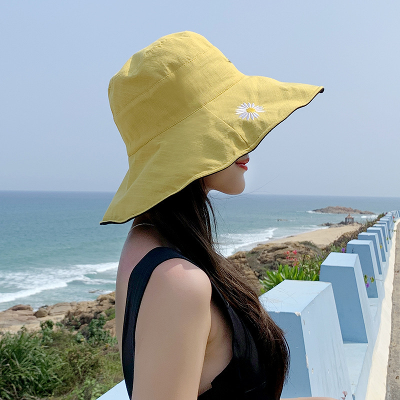 2020 New Fashion Daisies Summer Sunscreen Bucket Hat Wild Large Brim Feel Free To Fold Without Deformation Women Casual  Hat