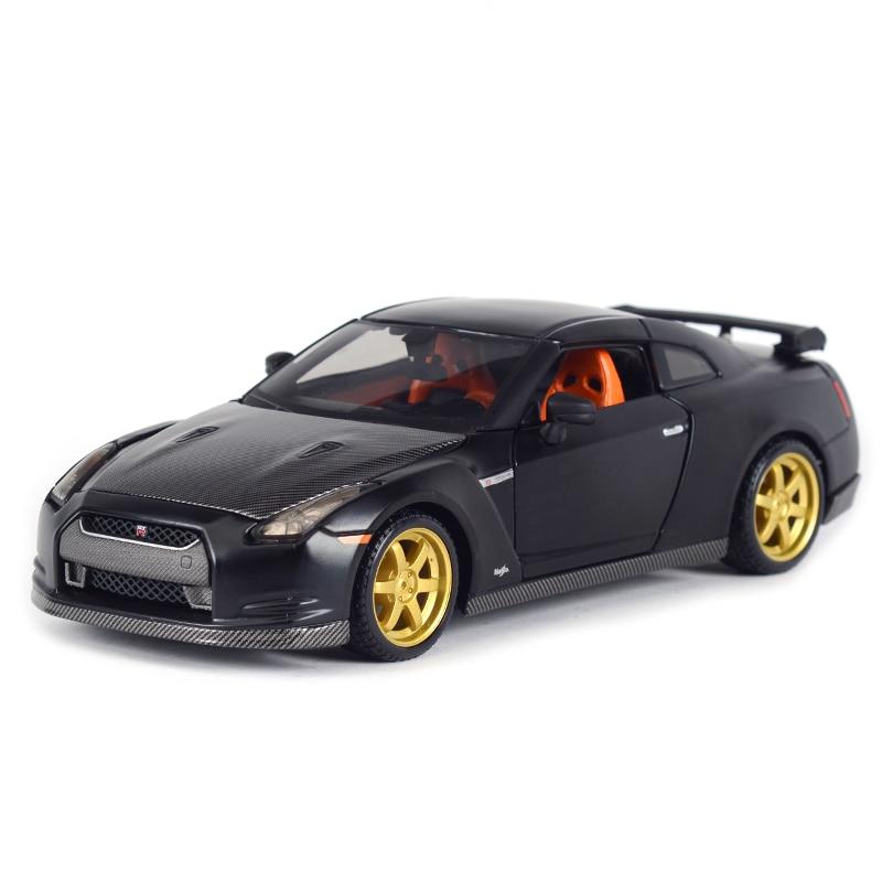 Maisto 1:24 Nissan 2009 GT-R Sports Car Static Simulation Diecast Alloy Model Car