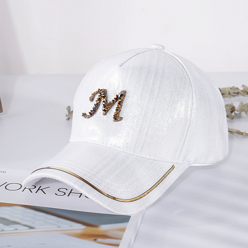 2020 New Metal Letter M Women Baseball Cap Breathable Mesh Outdoor Adjustable Embroidered Rhinestone D Mark Hats Summer Sunhat06