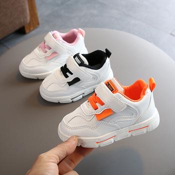2020 lekkie dziecięce buty do biegania chłopięce i dziewczęce buty sportowe od 1 do 5 lat dziecięce obuwie dziecięce miękkie dziecięce trampki dziecięce tanie i dobre opinie ZhuHanZhen Wiosna jesień Przypadkowi buty Unisex Pasuje prawda na wymiar weź swój normalny rozmiar 12 m 24 m Sztukateria