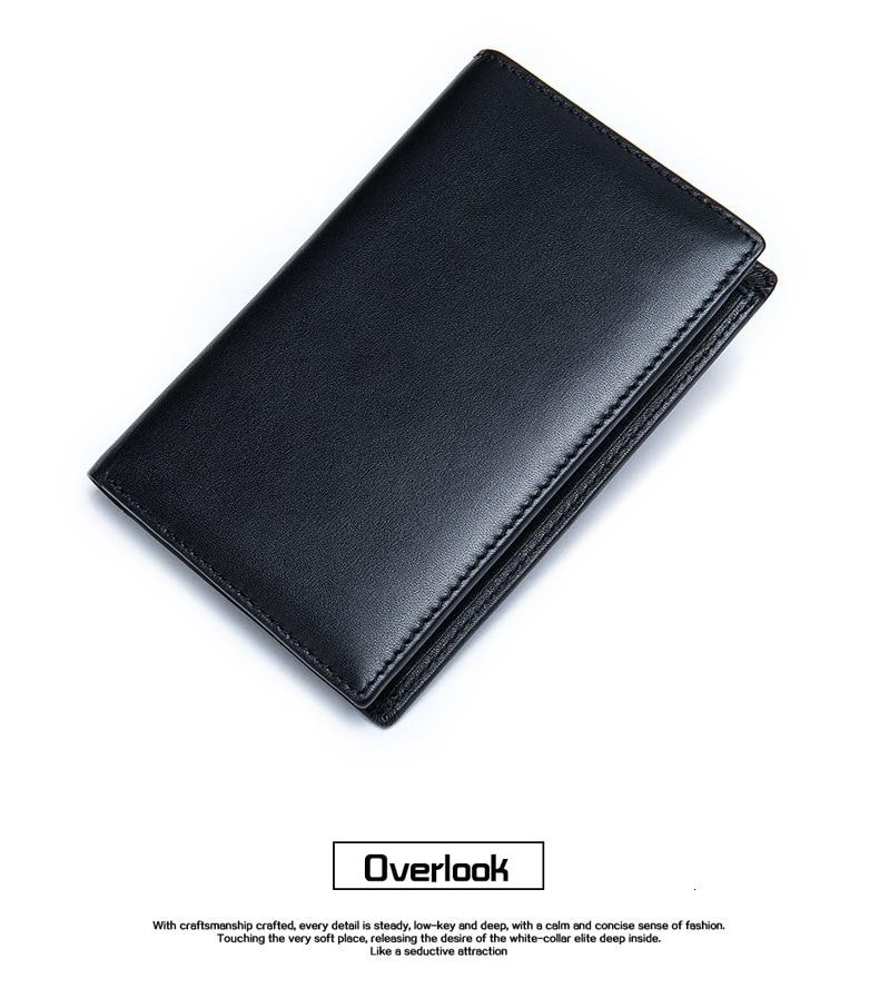 Homem titular do cartão bolsa multi-função saco
