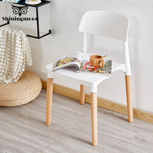 купить Modern Minimalism Design Chair Comedores Modernos Muebles Nordic Solid Wood Plastic Chairs Dining Chairs Dining Vanity Chair дешево