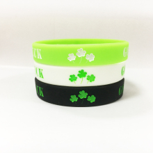 Popular street fashion Good luck silicone bracelet wristband custom jewelry