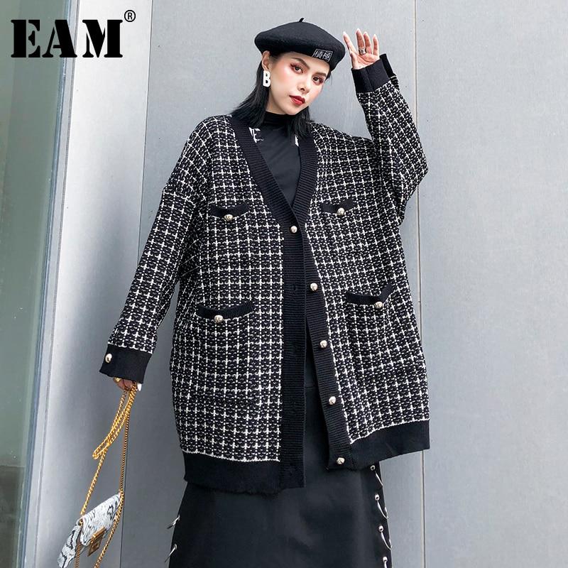 [EAM] Black Plaid Big Size Knitting Cardigan Sweater Loose Fit V-Neck Long Sleeve Women New Fashion Autumn Winter 2019 1K356