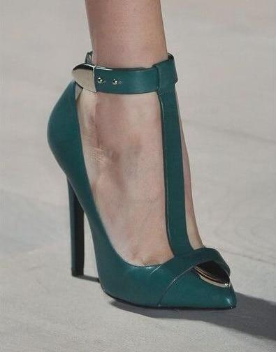 Zapatos de mujer de tacón alto delgado con puntera en T con correa de metal - 2