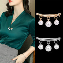 Coreano simples imitação de pérola bonito broche acessórios femininos broches para feminino sereia pinos esmalte pino jóias corsage