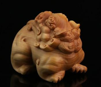 "2.4"" Chinese Box-wood Hand-carved Lovable Animal Foo Fu Dog Lion Statue Tea Pet"