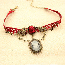 Women accesorios mujer New Stylish Cameo Red Rose Lace Fashion Necklace Jewelry Women Gift Xmas Pendant collares de moda 2019(China)